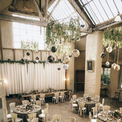 Moulin-de-Launoy-mariage-seminaire-histoire-lieu-1-heure-de-paris-salle-peintre-hiver-decoration-traiteur-fleuriste-atelier-artiste